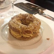 Le mastodonte ... Le traditionnel Paris Brest