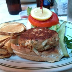 Best Crab Cake Sandwich In Annapolis Md
