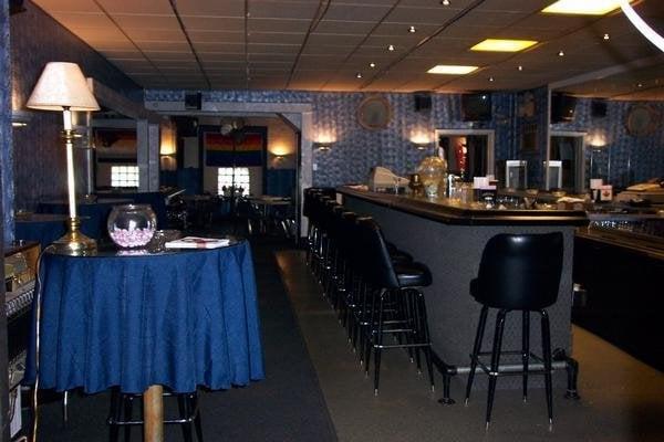 gay bar altoona