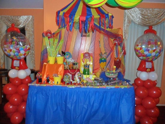 Candy land candy table yelp - Candyland party table decorations ...