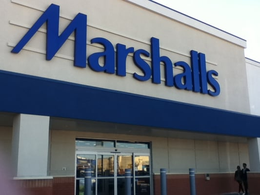 Cheap clothing stores. Marshalls clothes store