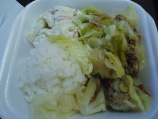 how to make kalua pig and cabbage slow cooker