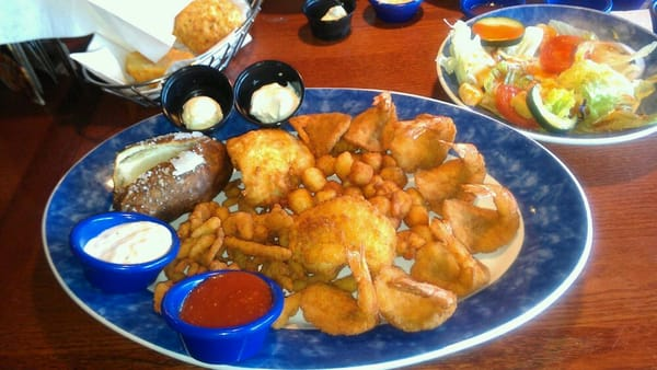 Red lobster 39 s admirals feast platter yelp for Red lobster fish and chips