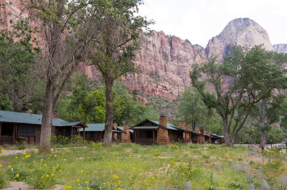 Zion lodge historic western cabins yelp for Cabin zion national park