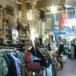 Le garage antiques and clothing french quarter new orleans la united states yelp - Galerie le garage orleans ...