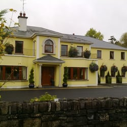 Ma Dwyers Guesthouse, Navan, Co. Meath