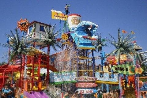 Six Flags Hurricane Harbor - Valencia, CA,A familiar use of modular ...