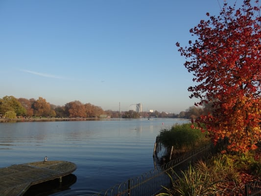 The Serpentine in autumn
