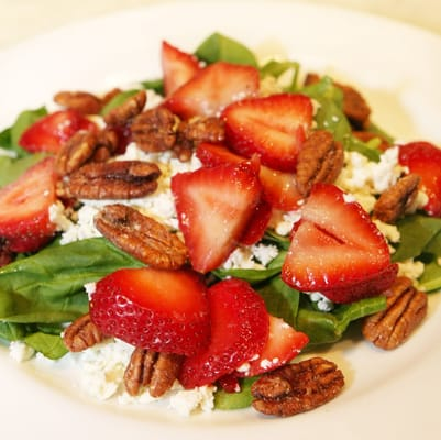 Strawberry spinach salad with candied pecans, feta cheese and poppy ...