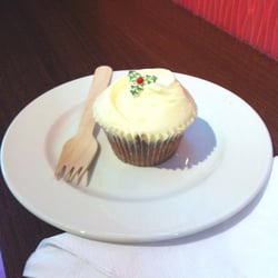 Christmas pudding cupcake!