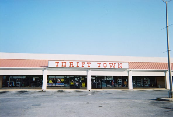 Thrif-T Mart in San Antonio, TX 78224 Directions and Hours ...