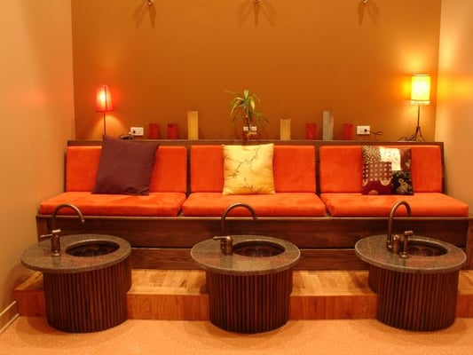 Salon Design A Very Small Pedicure Room | Joy Studio Design Gallery ...