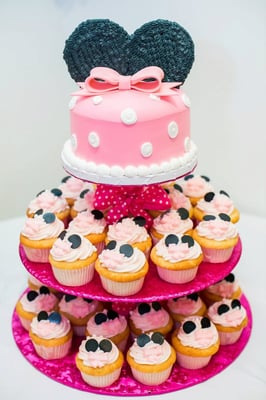 Minnie Mouse cake and cupcake tower for my daughters 1st birthday ...