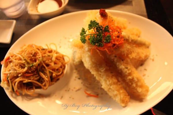 Tempura shrimp, chicken and vegetable tempura with fried noodles