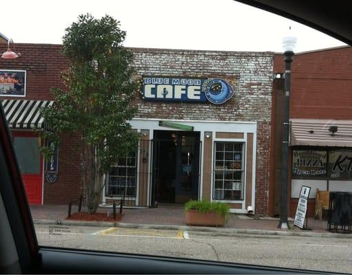 Blue Moon Cafe Dothan Al