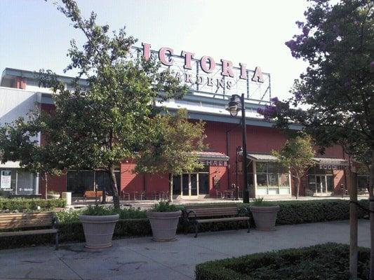 Victoria Gardens Shopping Centres Rancho Cucamonga Ca United States Reviews Photos Yelp