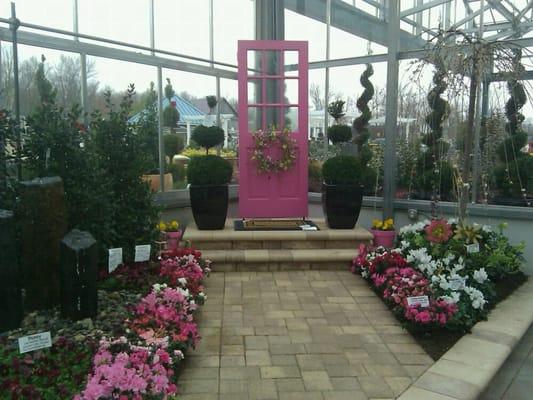 Display in the garden center yelp for Garden display ideas