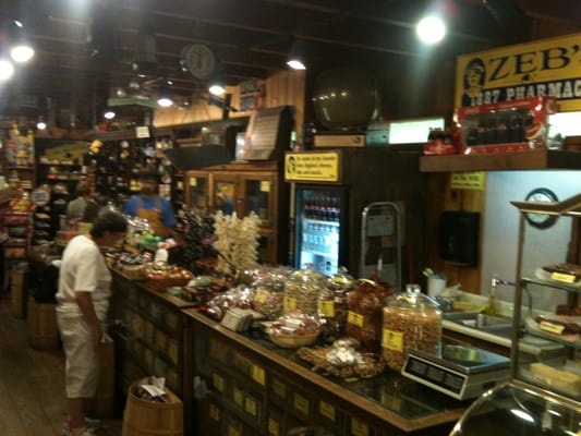 Zeb s general store specialty food north conway nh yelp for Old fashioned general store near me