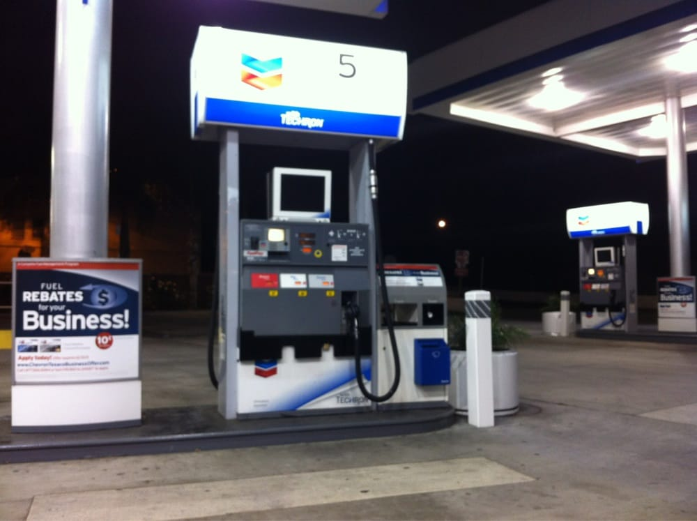Diesel Gas Station Near Me >> Photos for Chevron Gas Station | Yelp