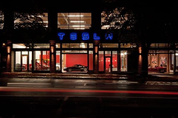 Tesla Motors South Lake Union Seattle Wa Yelp