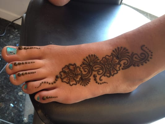 Henna Tattoo Eyebrows : Henna tattoo eyebrows makedes