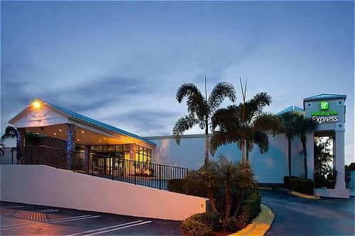 Hotels Near Boynton Beach Blvd