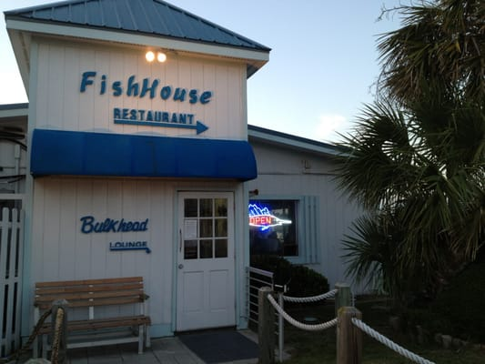 fish house restaurant hotels oak island nc reviews