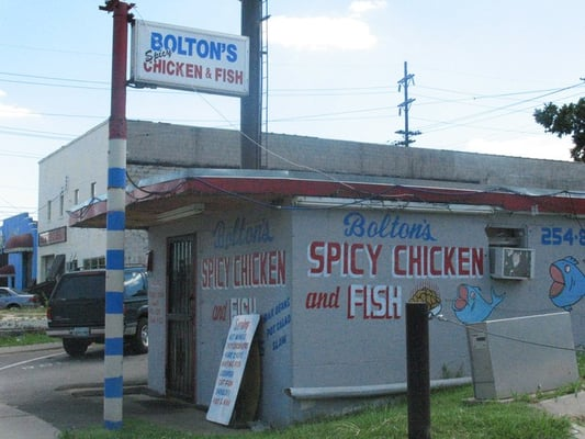 bolton s spicy chicken fish east nashville nashville