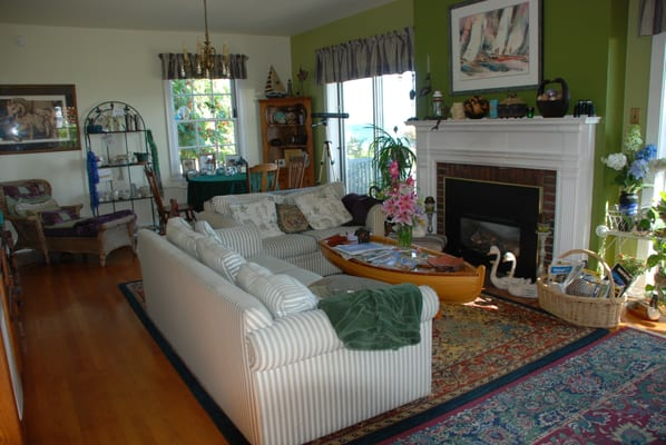 cape cod style living room yelp