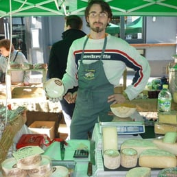 French cheesemongers Une Normande a Londres