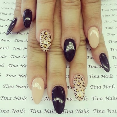 Displaying (19) Gallery Images For Pointy Nails Designs Cheetah...
