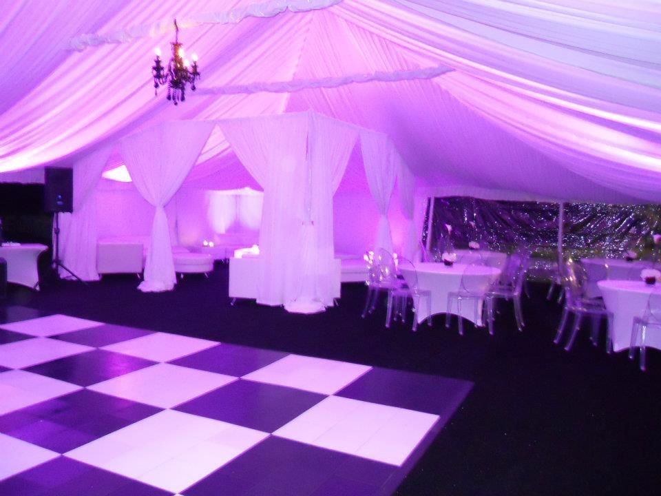 Uplighting tent liner black chandeliers black white for Table dance near me