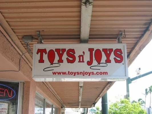 Toys N Joys Kaimuki : Toys n joys closed photos toy stores honolulu