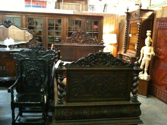 lots of furniture antiques warehouse antiques dallas