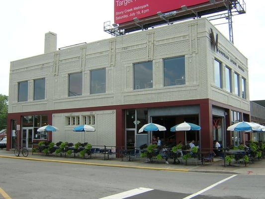 place woodward avenue brewers ferndale