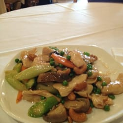 Chicken with cashew nuts. Just what my tummy ordered