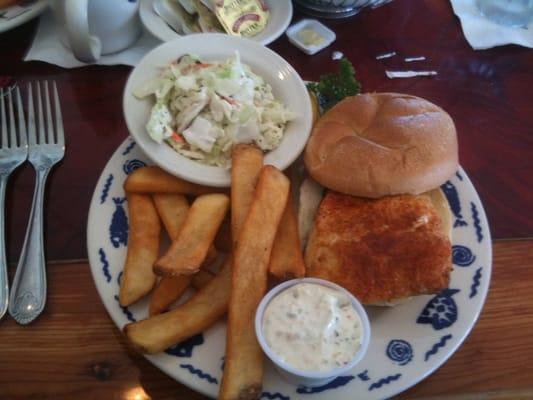 Lynnhaven fish house virginia beach va verenigde for Lynnhaven fish house menu