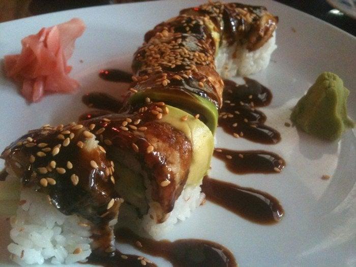 Mon Thai Bistro And Sushi Bar