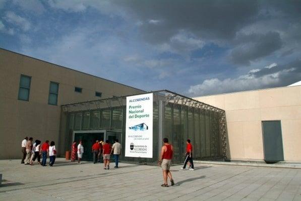 Ciudad deportiva valdelasfuentes piscinas alcobendas for Piscina valdelasfuentes