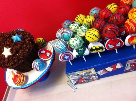 Pin superhero themed cake by swtmelis71 cakesdecorcom cake for Decor yo pops