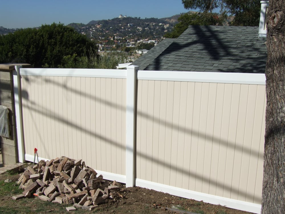 Privacy foot high two tone fence yelp