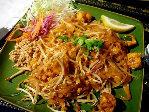 vegetarian pad thai with tofu | Yelp