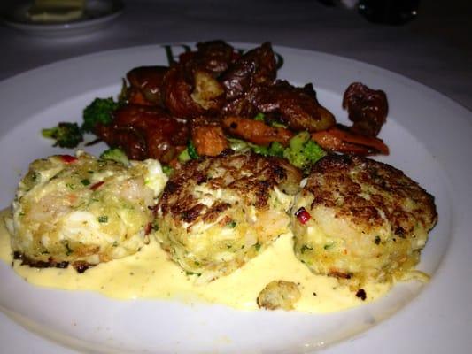 Italian Chain Restaurant Recipes: Brio Crab and Shrimp Cakes
