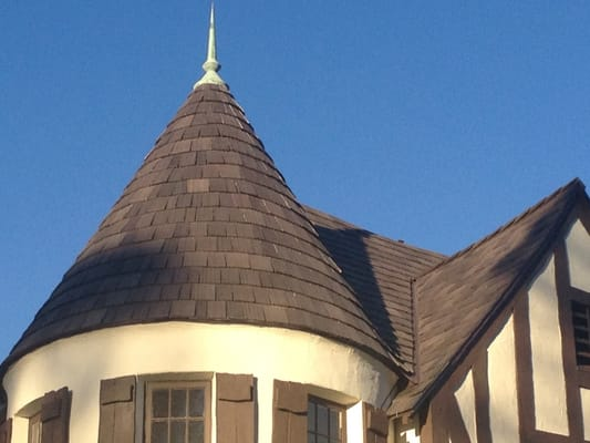 Turret roof project with da vinci shake materials yelp for Davinci shake roof reviews