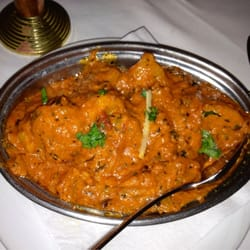 Bombay Aloo: spicy potatoes in a tomato/ginger sauce. The best