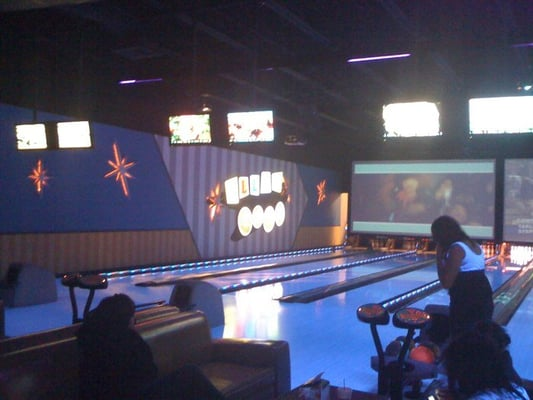 Bowling Alleys in Arlington, Texas