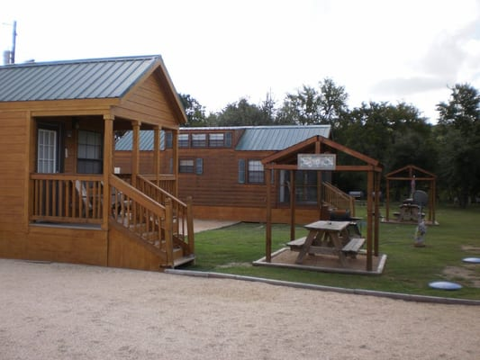 Cabin rental austin texas hill country yelp for Austin cabin rentals
