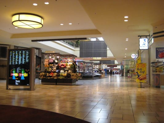 Puente Hills Mall 85 Photos Shopping Centers City Of