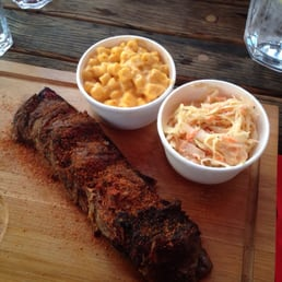 coleslaw and mac & cheese side.