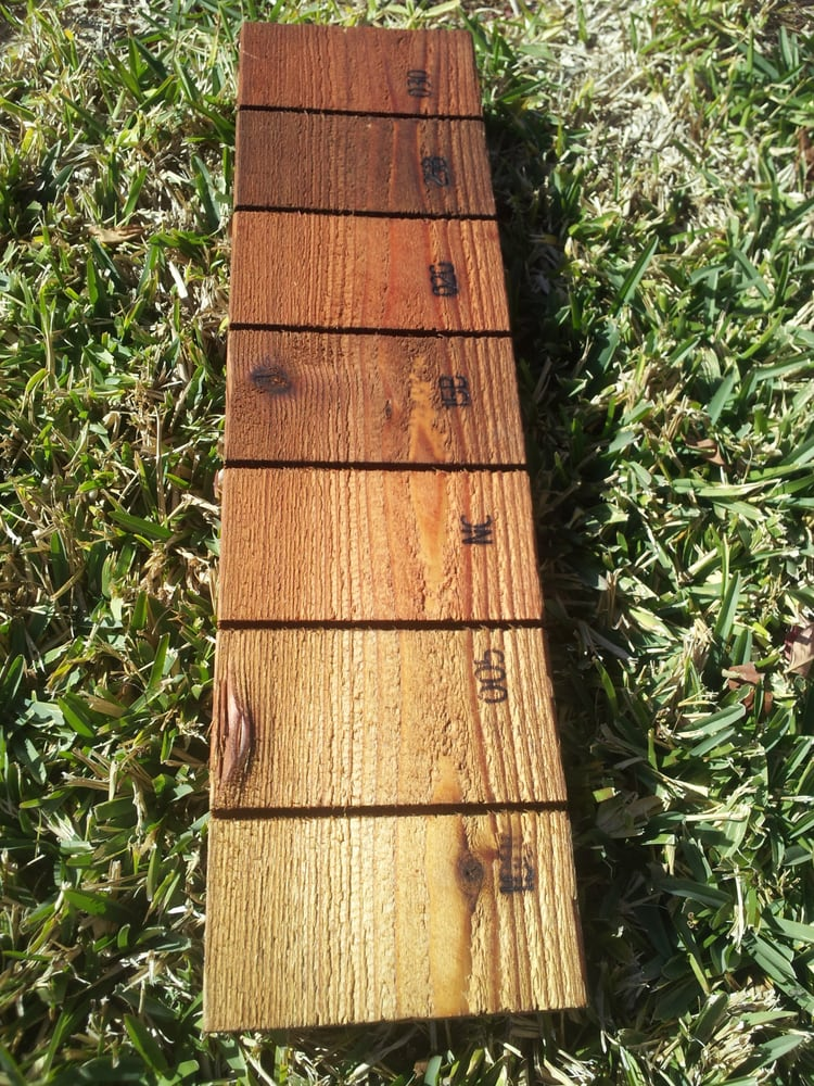 Great Dane Fence Staining Offers A Wide Range Of Color